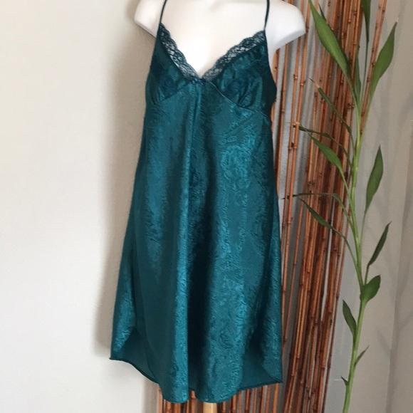 ed91e092ca2b Adonna Intimates & Sleepwear   Emerald Green Nightie   Poshmark